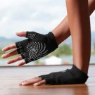 Gaiam Grippy Yoga hansker thumbnail